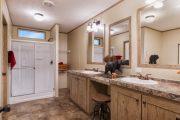 Colonial – COL32523V - Bathroom