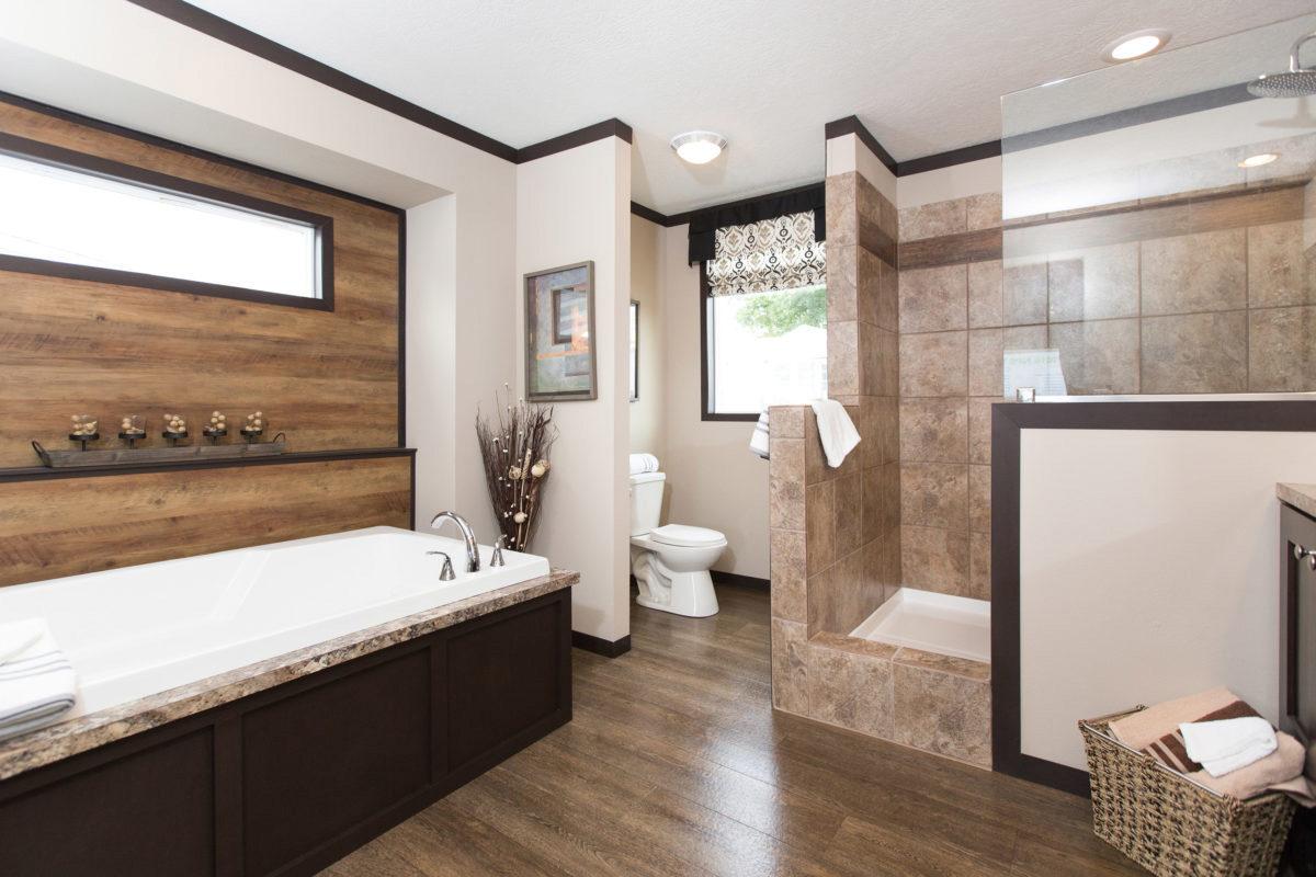 The Clayton Patriot Par28563s 3 Bed 2 Bath Mobile Home