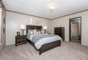 King - SLT32685A - Bedroom
