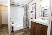 Money / Satisfaction - TRU28483A - Bathroom