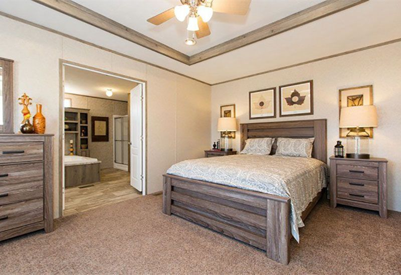 CMHXtremeAdmiral-Master-Bedroom - San Antonio Mobile Homes