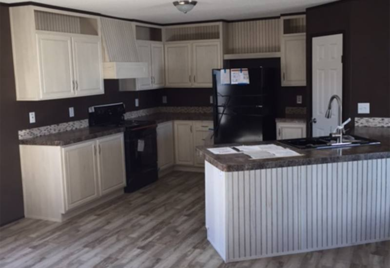 Fleetwood Berkshire 32563B Mobile Home Kitchen