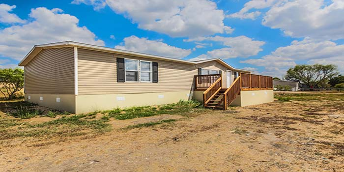 Used Home-LH-213-Exterior