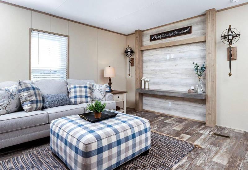 Clayton Independent – IND16763I - Living Room 2