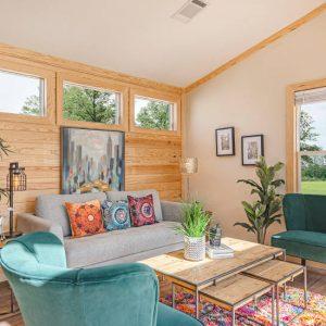Meridian Robin – D56EP8 - Living Room