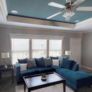 Meridian Vandaveer W64E - Triple Wide - Living Room