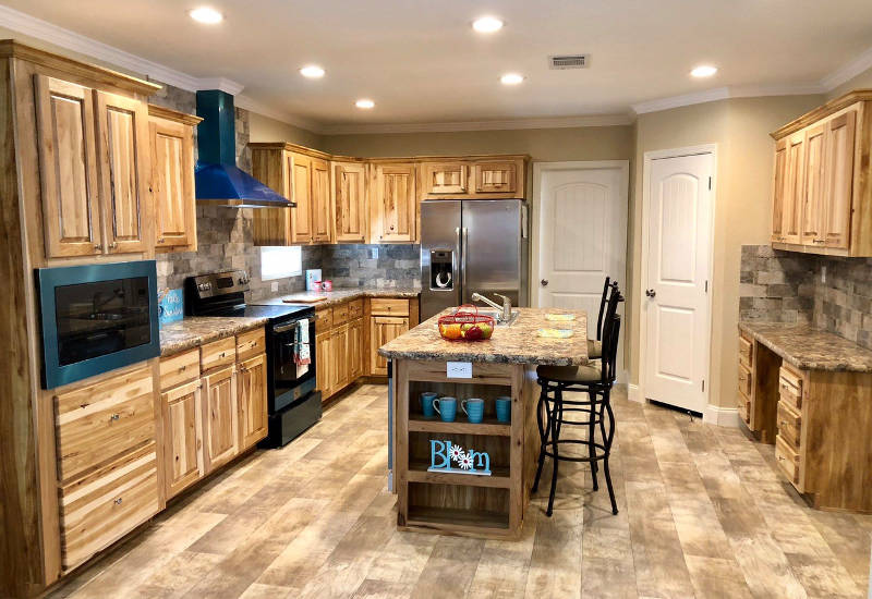 Meridian Lewis 68 - S68F3 - Kitchen